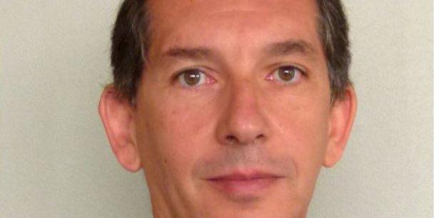 Jacques Ripoll, 52 ans, actuellement en charge de la banque d'investissement au niveau mondial de Santander, après une grande partie de sa carrière à la Société Générale, rejoindra Crédit Agricole S.A. le 3 septembre pour diriger CACIB, la branche d'activités de marché de la Banque verte.