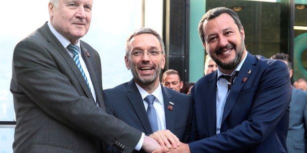 Ue/migrants: les ministres allemand, autrichien et italien de l'interieur affichent leur unite[reuters.com]