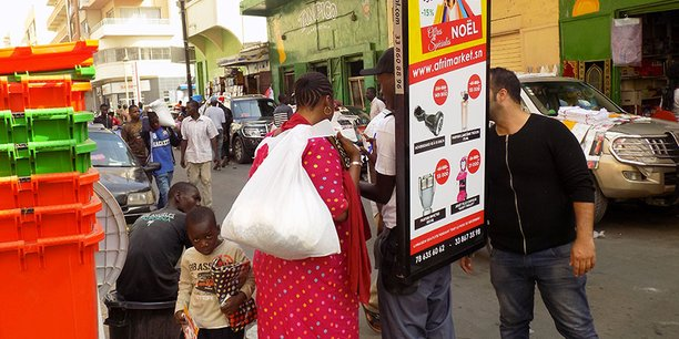 Campagne publicitaire du géant du cash-to-good Afrimarket au Sénégal, où l'entreprise est devenue le distributeur exclusif d'Auchan sur Internet.