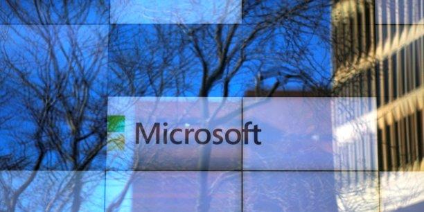 Le chiffre d'affaires de Microsoft se répartit équitablement entre les trois divisions de Microsoft -services aux entreprises, informatique personnelle et cloud-, mais le cloud tire la croissance du groupe.