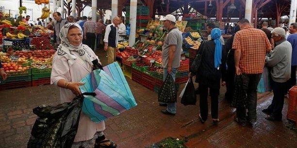 En Tunisie, l'inflation a été induite notamment par la hausse prix des produits alimentaires (8,3%).