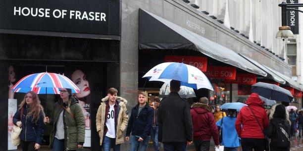 L'enseigne House of Fraser explique qu'elle va demander à se placer sous le régime britannique des faillites dans la matinée.