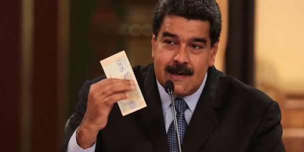 La Banque centrale du Venezuela (BCV) a indiqué que le nouveau taux était fixé à 68,65 bolivars souverains pour un euro, soit 60 bolivars souverains environ pour un dollar.