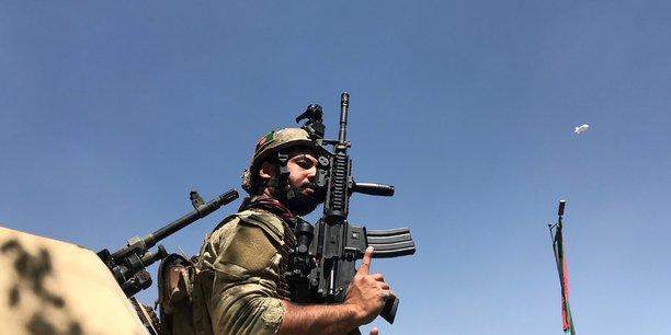 Tirs de mortier pres du palais presidentiel de kaboul[reuters.com]