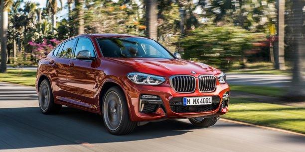 La BMW X4 est la version coupée du X3. Mais elle affiche une grille tarifaire nettement plus élevée.