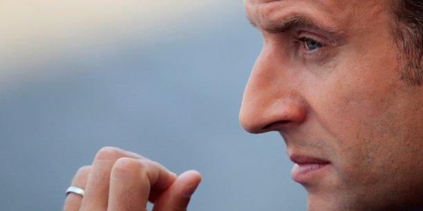 Les bonnes opinions concernant Emmanuel Macron en tant que président de la République baissent de 5 points en août pour atteindre 34%, après avoir déjà connu une baisse de 5 points en juillet.