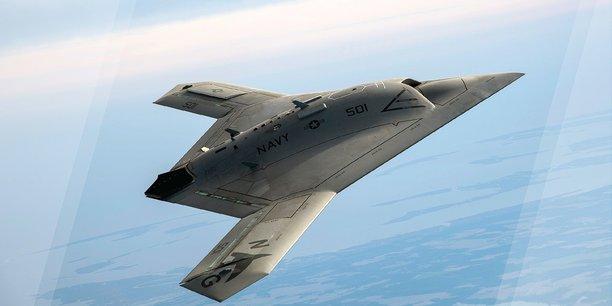 Le X-47B, de Northrop Grumman Corporation, est un chasseur sans pilote.