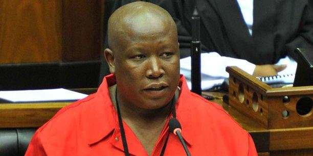 Julius Malema, leader du parti des Combattants pour la liberté économique, lors d'un débat au parlement sud-africain en juin 2014.
