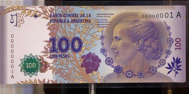 Le peso argentin souffre d'une crise de confiance dans un contexte de forte inflation.
