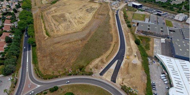 La nouvelle route de raccordement au rond-point Philippe Lamour, à Baillargues, quelques jours avant la fin des travaux