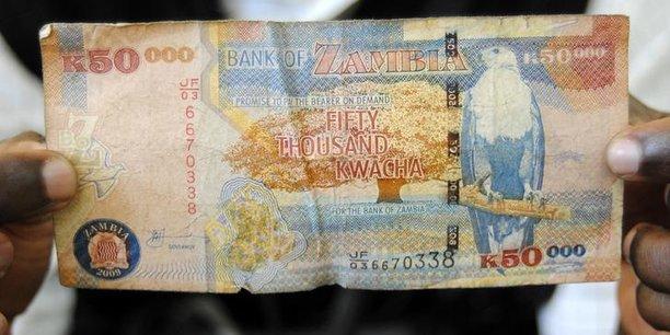 La dette extérieure de la Zambie s'est élevée à 9,37 milliards de dollars à la fin du mois de juin, contre 8,7 milliards en décembre, ce qui a exercé une certaine pression sur la monnaie locale, le kwacha.