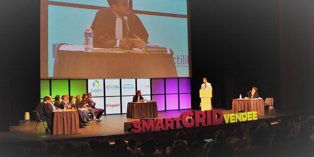 Aux Sables d'Olonne, le projet Smart Grid Vendée a été décrypté devant 500 personnes, sous la forme d'un procès, celui de Monsieur Smart Grid où les acteurs du consortium, appelés à la barre, ont défendu leurs actions et leurs convictions.