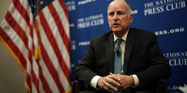 Le gouverneur de Californie Jerry Brown se réjouit de cette nouvelle législation.