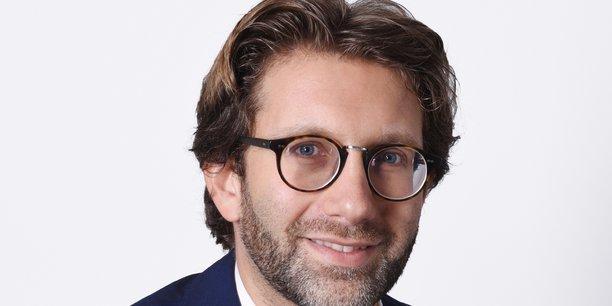 Arnaud Grauzam est directeur Europe de l'Ouest Mastercard Advisors, la branche de conseil, analyse de données et services professionnels de Mastercard.