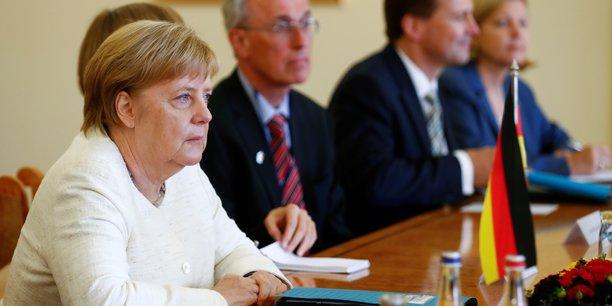 L'affaire maassen ne fera pas eclater la coalition, assure merkel[reuters.com]