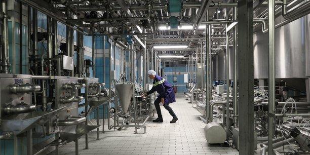 100 millions de litres de lait sont transformés chaque année par Yéo frais.