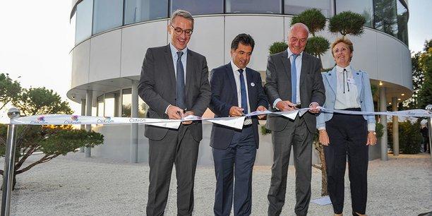 Franck Raynal (maire de Pessac), Jean-François Létard (fondateur d'Olikrom), Alain Rousset (président du Conseil régional de Nouvelle-Aquitaine) et Sylvie Trautmann (2e adjointe au maire de Pessac déléguée à l'Économie, à l'Emploi et à la Formation).