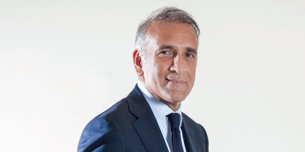 Ylias Akbaraly, PDG du Groupe Sipromad, est la première fortune de Madagascar et quatrième d'Afrique francophone. En août dernier, il est entré dans le cercle très fermé des hommes d'affaires africains ayant réalisé de gros investissements en France.