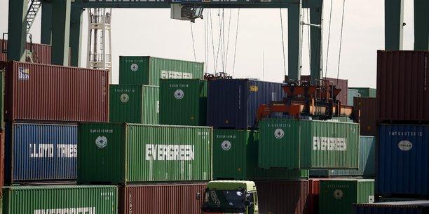 L'excedent commercial de la chine avec les usa a un niveau record[reuters.com]