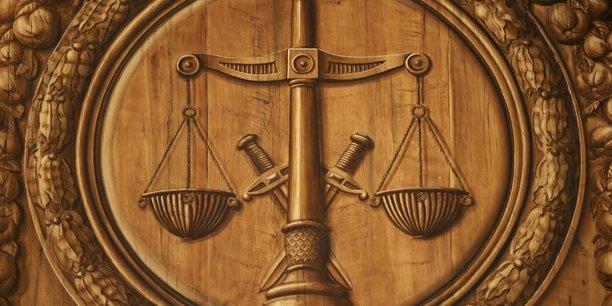 Michel platini lance des procedures au penal[reuters.com]