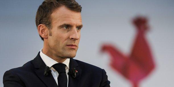 Macron a paris, le compte a rebours du remaniement relance[reuters.com]