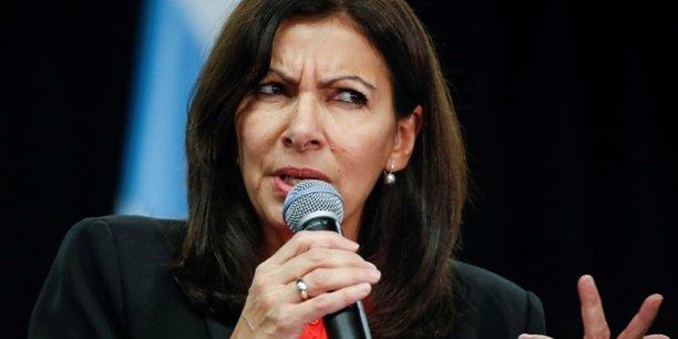 Anne Hidalgo ouvre la Mairie de Paris aux femmes sans-abri