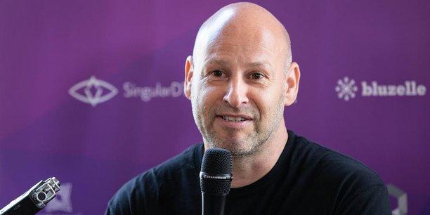Entrepreneur canadien, Joseph Lubin, 53 ans, est l'un des cofondateurs d'Ethereum, la Blockchain la plus prisée des milieux d'affaires. Il est l'un des premiers milliardaires en cryptomonnaies, avec une fortune estimée entre 1 et 5 milliards de dollars par le magazine Forbes.