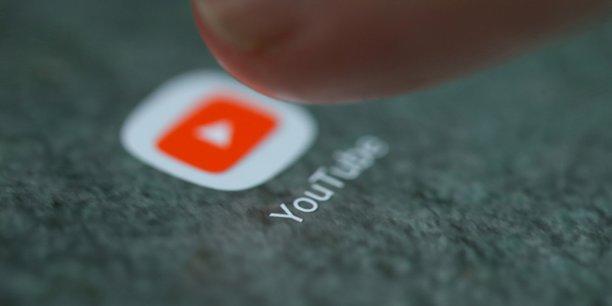 La plateforme vidéo appelle les YouTubeurs à se mobiliser contre la réforme du droit d'auteur, adoptée début septembre au Parlement européen. YouTube a aussi annoncé la création d'un fonds de 20 millions de dollars en soutien aux créateurs de vidéos éducatives.