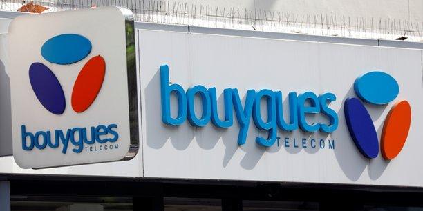 Bouygues Telecom a gagné 459.000 clients sur son réseau mobile, grâce à la poursuite de la forte dynamique sur les objets connectés (+310.000) et l'augmentation de 149.000 forfaits vendus au grand public.