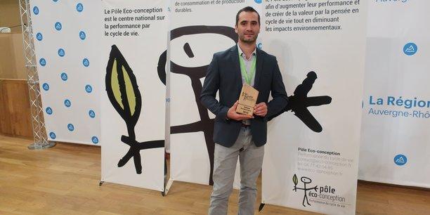 C'est Yoan Lecuona, responsable qualité des Vignerons de Buzet, qui est allé chercher le prix.