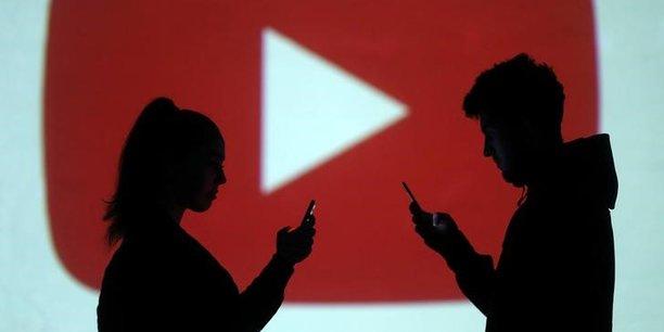 400 heures de vidéo mises en ligne chaque minute sur YouTube (propriété de Google) dans le monde.