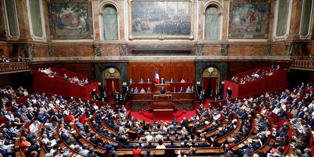 France: les deputes abaissent l'amende pour usage de stupefiants[reuters.com]
