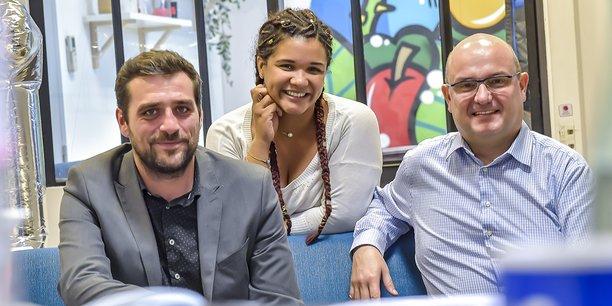 De gauche à droite : Arnaud Bidou et Stéphanie Laporte, co-dirigeants d'Otta, et François-Luc Moraud, directeur des Experts du digital