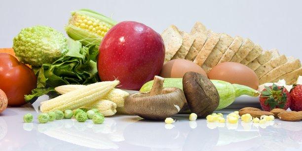 La startup toulousaine Asclepios Tech développe une solution qui prolonge leur durée de conservation des fruits et légumes.