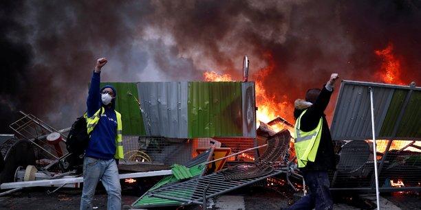 Gilets jaunes: les manifestations ont coute 10 millions d'euros aux hotels parisiens[reuters.com]