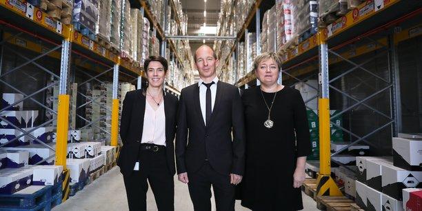 La direction de Lidl, avec de gauche à droite : Audrey Thiebaut, directrice générale, Guillaume Calcoen, directeur exécutif immobilier, et Hélène Vivien, responsable immobilier régional.