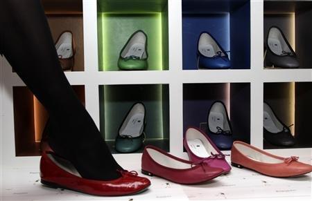 Le chiffre d'affaires du site Internet de vente de chaussures Spartoo a bondi de 70%, en 2011. Copyright Reuters