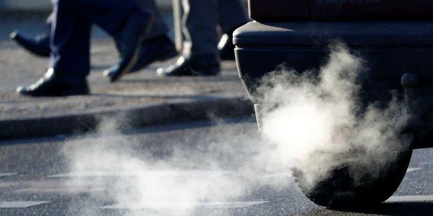 Desaccords a rome sur la taxation des vehicules polluants[reuters.com]