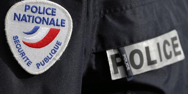 Policier blesse en marge d'une manifestation de lyceens[reuters.com]