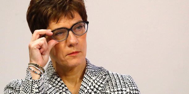 Second tour entre kramp-karrenbauer et merz pour la presidence de la cdu[reuters.com]