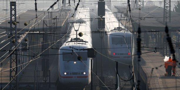 Carole Delga ne veut pas entendre parler de privatisation de l'exploitation du réseau ferroviaire régional.