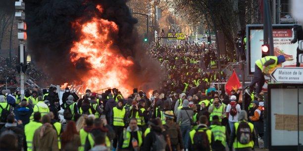 Plus de 5 000 manifestants ont été recensés à Toulouse par les forces de l'ordre samedi 8 décembre.