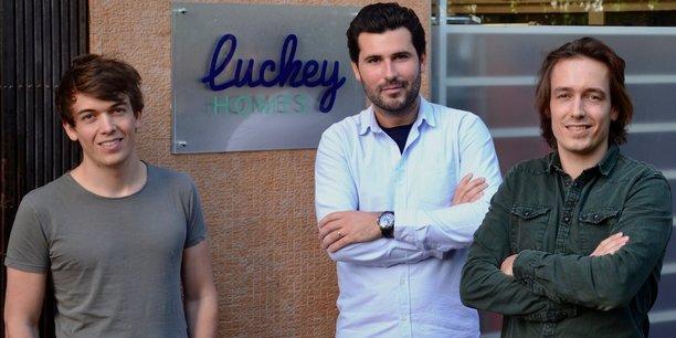 La start up, cofondée en 2015 par Félix Malfait, David Barbe et Aurélien Malfait (de gauche à droite), vient d'être rachetée par Airbnb.