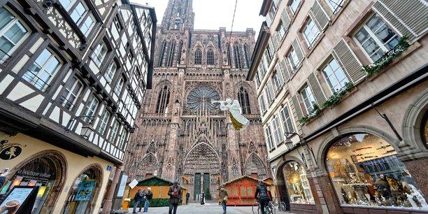Marché De Noel Strasbourg Hotel.Strasbourg L Industrie Touristique S Inquiète Après L