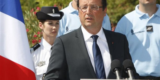 François Hollande en déplacement à Pierrefeu-du-Var / Copyright Reuters 2012