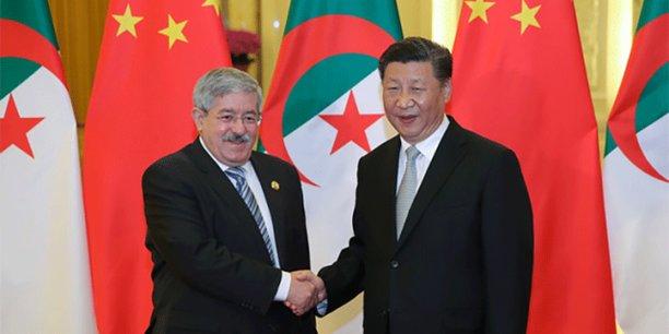 Le Premier ministre algérien Ahmed Ouyahia et le président chinois Xi Jinping, lors du sommet du Forum de coopération Chine-Afrique, tenu en septembre 2018 à Beijing.