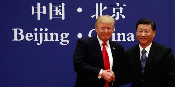 Donald Trump, président des Etats-Unis, et Xi Jinping, président de la Chine. Donald Trump a désigné la Chine comme l'adversaire principal et lancé une guerre commerciale, monétaire et technologique.