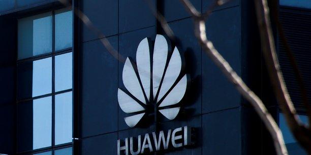 Huawei sanctionne deux salaries pour un tweet depuis un iphone[reuters.com]