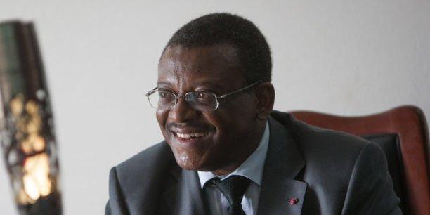 Joseph Dion Ngute a été nommé aujourd'hui vendredi 4 janvier par le président Paul Biya au poste de Premier ministre du Cameroun.