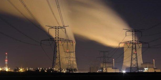 Le déséquilibre a été constaté au niveau européen par RTE, et non sur le territoire français où l'offre et la demande d'énergie étaient équilibrées. Mais pour prévenir un blackout européen, RTE a immédiatement réagi en demandant à six grands industriels ayant souscrit des contrats dits d'interruptibilité de réduire leur consommation le temps de rétablir le bon équilibre du réseau au niveau européen.